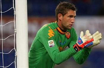 Fulham target Stekelenburg will stay at Roma, says agent