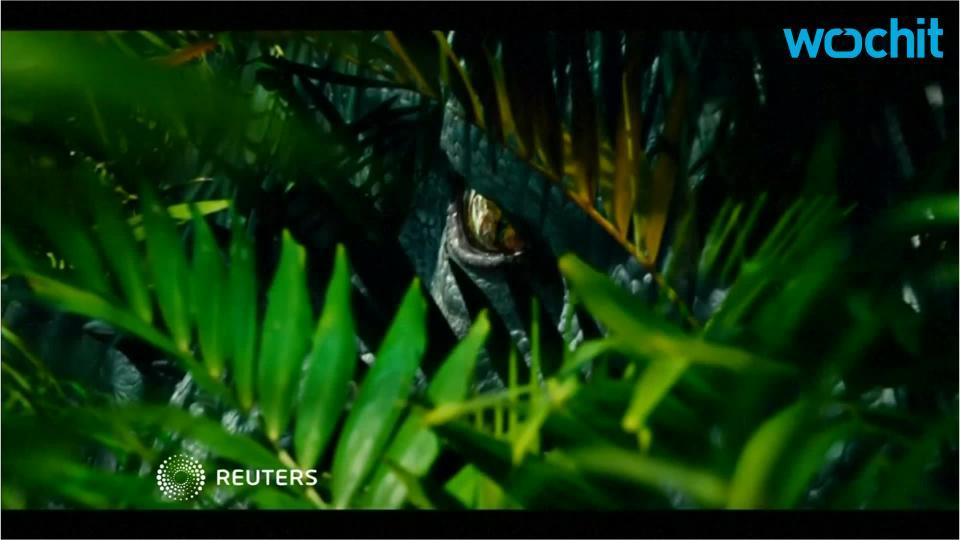 'Jurassic World': Ominous Dino Cloning Tech Advances Teased In New Clip