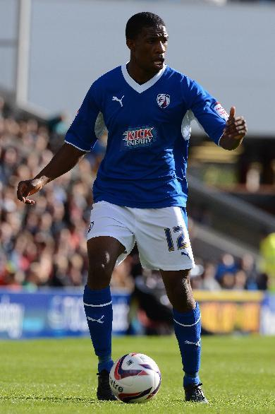 Tendayi Darikwa has agreed a three-year deal with Chesterfield