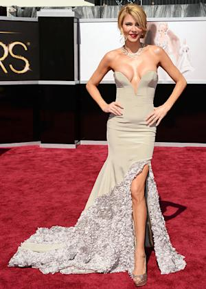 Brandi Glanville Walks First Oscars Red Carpet in Crazy Cleavage-Baring Dress