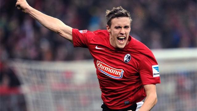 Bundesliga - Freiburg eye Champions League while players defect