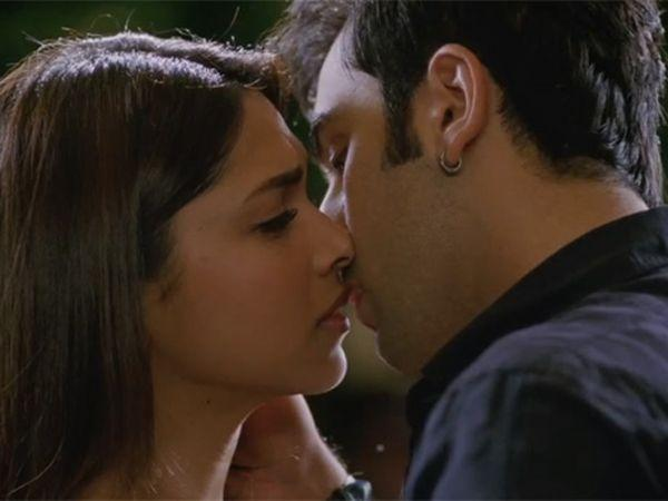 Image courtesy : iDiva.comRanbir Kapoor and Deepika Padukone: Former flames Deepika and Ranbir kissed in the movie Ye Jawaani Hai Deewani. Made us think that they were dating again :-PRelated Articles