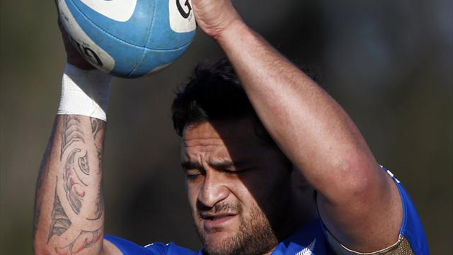 Super Rugby - Weepu returns to Blues after stroke, heart surgery