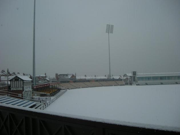 NorthantsCCC — Northants Cricket — You could make a cricket team of snowmen with the amount of snow here at the County Ground. pic.twitter.com/t6rmF2m0