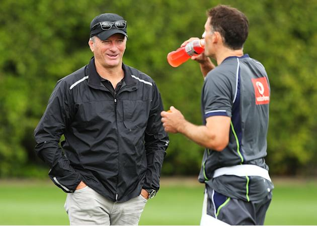 SYDNEY, AUSTRALIA - JANUARY 02:  Former Australian Test crickter Steve Waugh speaks with Michael Hussey of Australia during an Australian nets session at Sydney Cricket Ground on January 2, 2013 in Sy