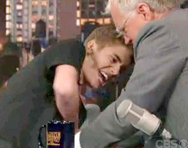 Justin Bieber & David Letterman Wrestle Over 'Believe' Tattoo — Watch