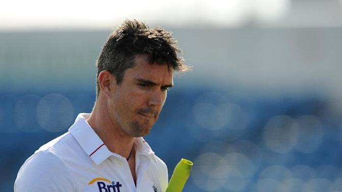 Ian Botham believes dispute between England and Kevin Pietersen, pictured, should be handled in private