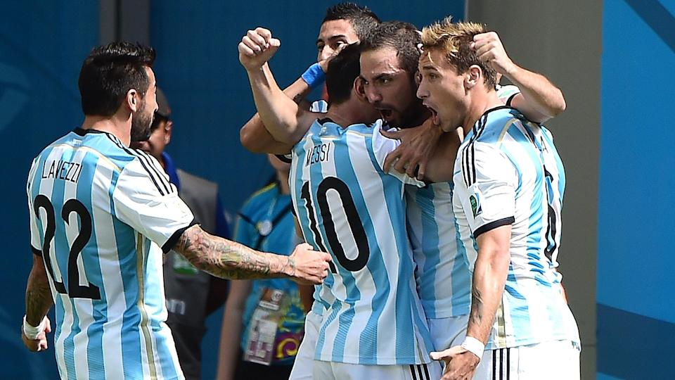 International friendlies - Argentina stroll to seven-goal victory over Hong Kong