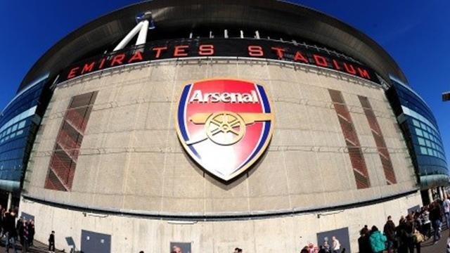Premier League - Arsenal fans unhappy with ticket price increase