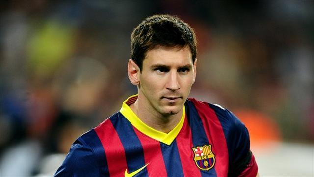 Liga - Messi plays down talk of move from Barca