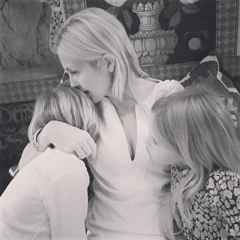 Kelly Rutherford Shares Sweet Photo With Kids Ahead of Monaco Custody Hearing