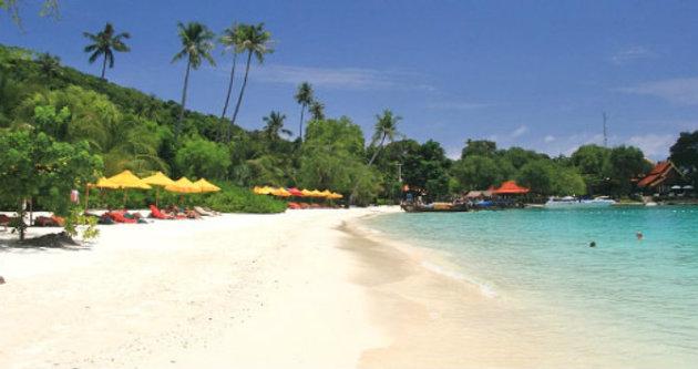 شاطئ لوه دالوم - المصدر ويكيبيديا