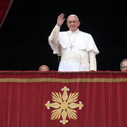 Pope Singles Out Refugees, Hostages In Christmas Message