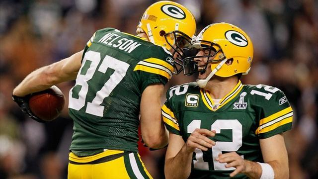 American Football - Rodgers agrees new Packers deal
