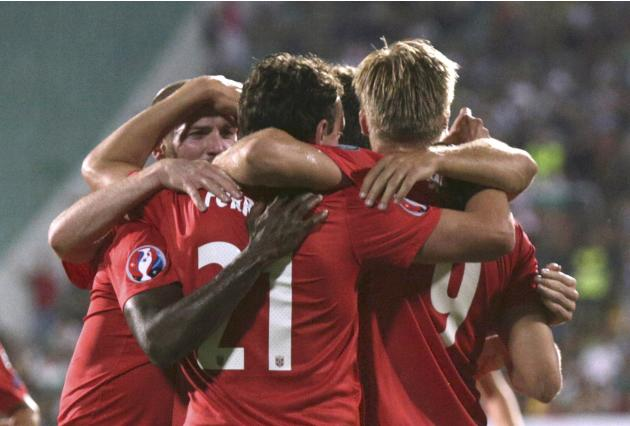 Norway's Forren celebrates with team mates after scoring agaist Bulgaria during Euro 2016 qualifier in Sofia
