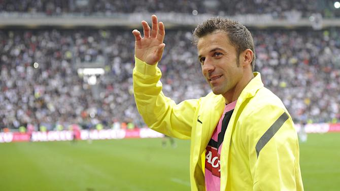 European Football - Honved confirm shock move for Del Piero