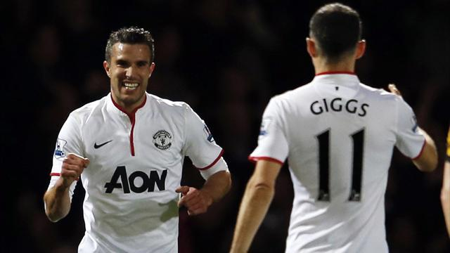 Premier League - RVP: Giggs management style 'Fergie-esque'