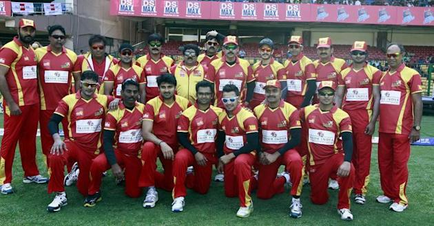 The Telugu Warriors ahead of a Celebrity Cricket League match between Telugu Warriors and Kerala Strikers at Chinnaswamy Stadium in Bangalore on Jan.26, 2014. (Photo: IANS)