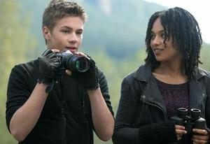 Falling Skies | Photo Credits: James Dittiger/TNT