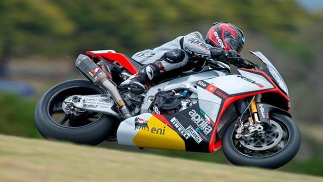 Superbikes - Phillip Island WSBK: Guintoli clinches race two win; Sykes third