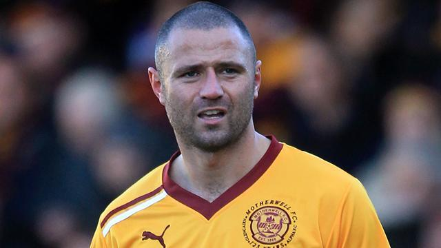 Scottish Premier League - Motherwell down Dundee United