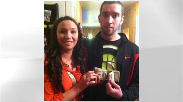 Siblings Find and Return $13K, Get Criticized