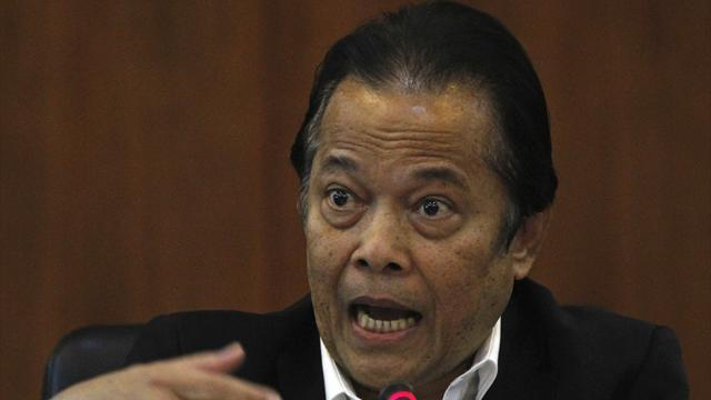 Asian Football - Worawi keeps control of Thai FA after winning election