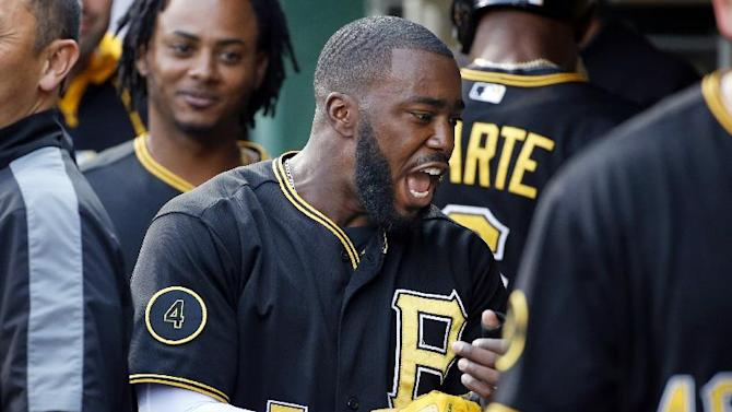 Worley pitches Pirates to 2-1 win over Padres