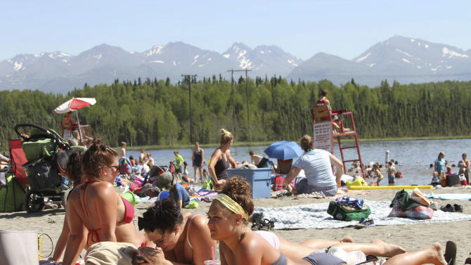 Baked Alaska: Unusual heat wave hits 49th state
