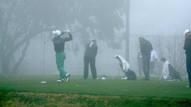 Golf - Fog delay forces Monday finish at Torrey Pines