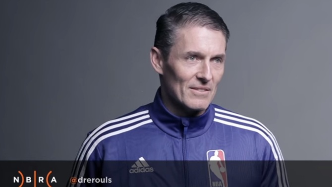 NBA referees read mean tweets from angry basketball fans