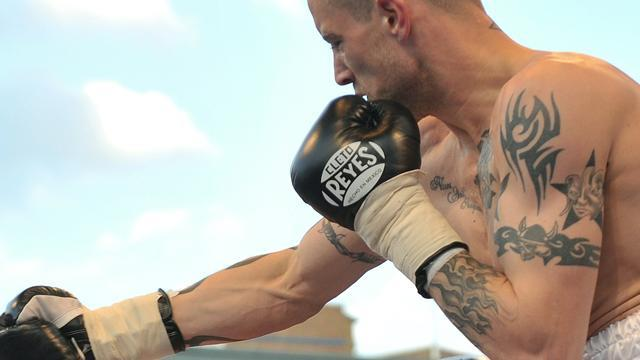 Boxing - Walsh pulls out of Burns fight