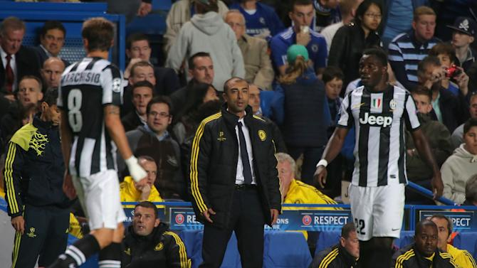 Roberto Di Matteo on the touchline during Chelsea's clash with Juventus