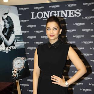 Aishwarya Rai Bachchan Looked Elegant In Black At The inauguration Of Longines Boutique