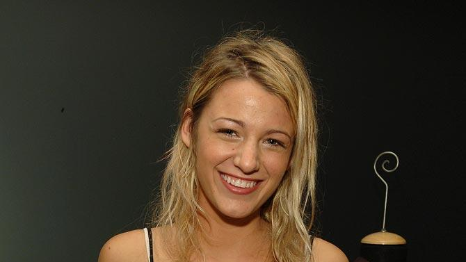 Blake Lively at theLinea Pelle 20th Anniversary Party - Gift Lounge in Los Angeles - 07/12/2006