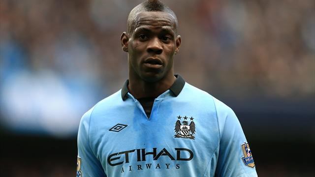 Serie A - AC Milan and Juve 'in talks for Balotelli'