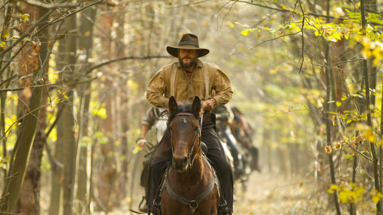 "This undated image released by History shows Bill Paxton portraying Randall McCoy in a scene from the History network's miniseries ""Hatfields & McCoys.""  (AP Photo/History, Kevin Lynch)"