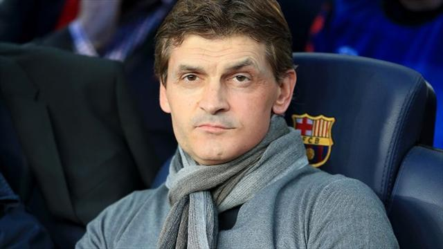 Liga - Emotional farewell for Vilanova