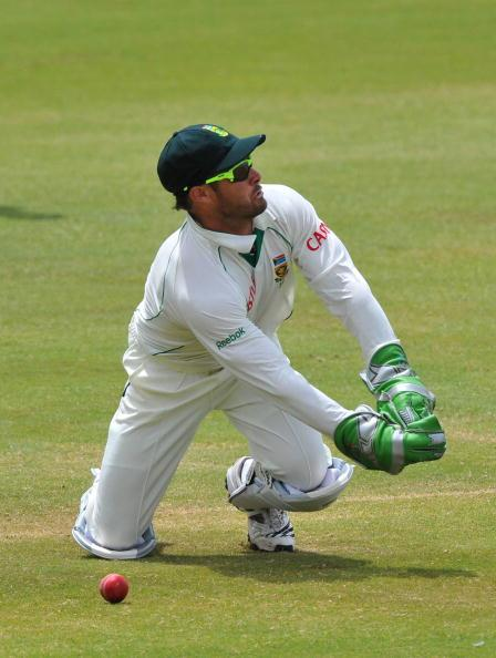 CENTURION, SOUTH AFRICA - DECEMBER 20: Mark Boucher of South Africa behind the stumps during day 5 of the 1st Test match between South Africa and England from Supersport Park on December 20, 2009 in C