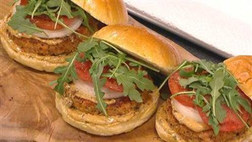Pike Place 'Fish Guys' Make Yummy Salmon Patties