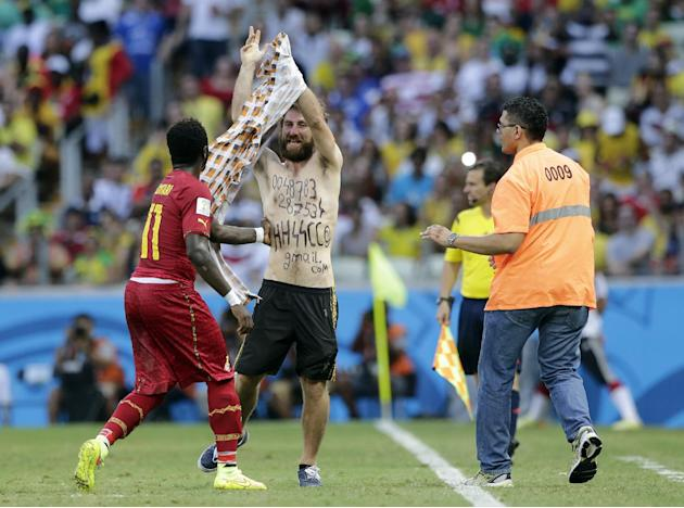 Report: Pitch invader was neo-Nazi sympathizer