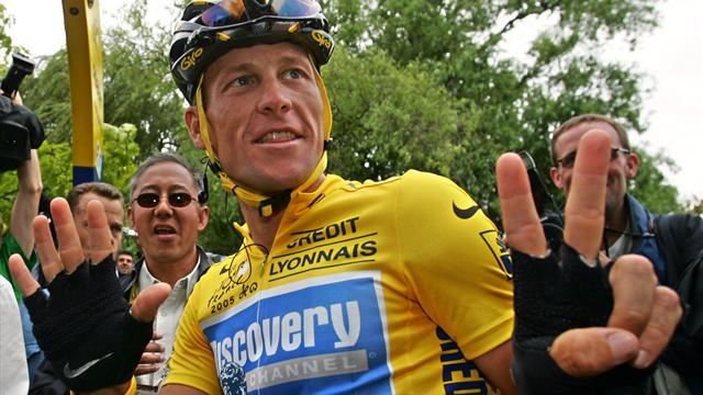 Cycling - Armstrong loses Tour de France titles, banned for life