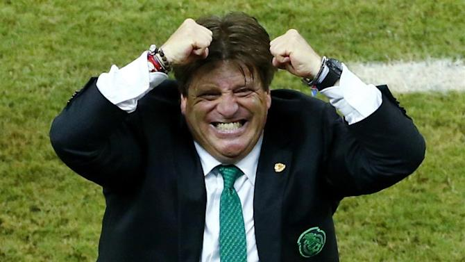 Gold Cup - Mexico coach Miguel Herrera fired for allegedly attacking reporter