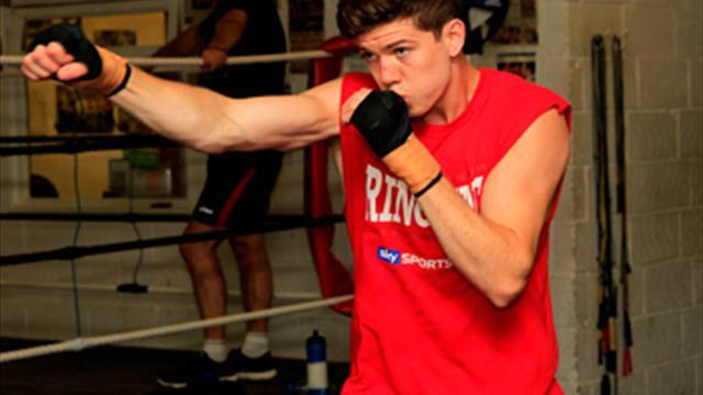 Boxing - Campbell invites fans to get involved in public workout