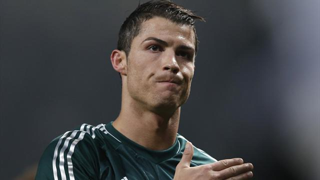 Premier League - Paper Round: United 'plot Ronaldo swoop with Nike'