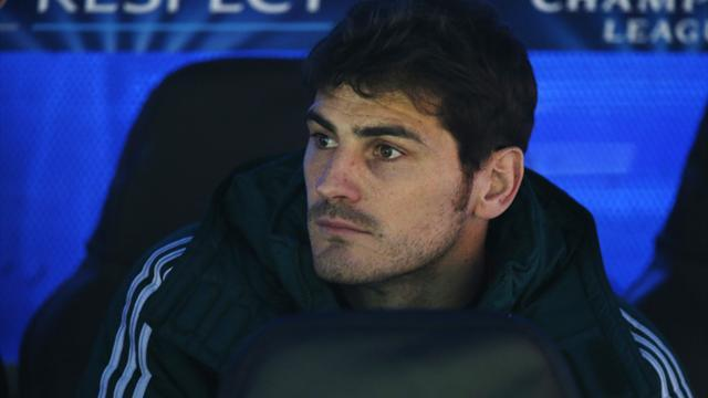 Liga - Del Bosque hints at Casillas call