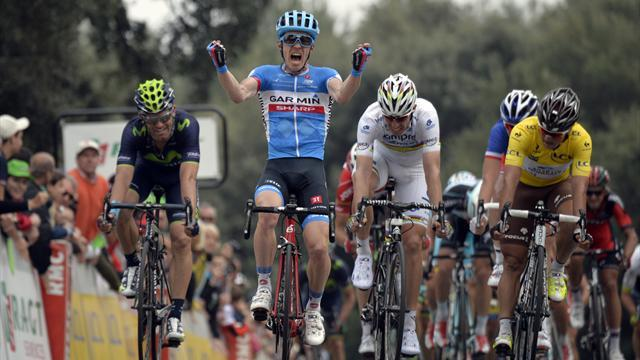 Cycling - Slagter wins Paris-Nice stage seven as Thomas crashes
