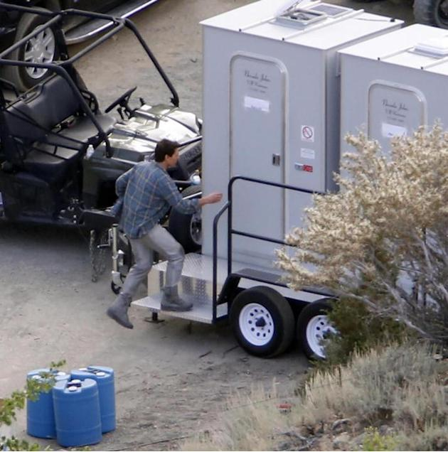 Tom Cruise sul set di 'Oblivion'