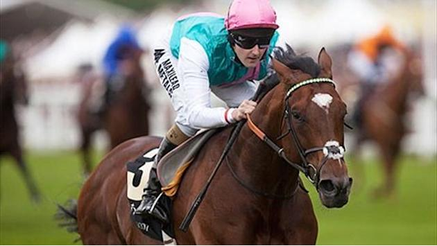 Horse Racing - Unbeaten Frankel rated best in modern racing
