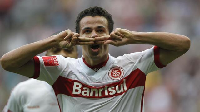 World Football - AVB plays down Damiao talk